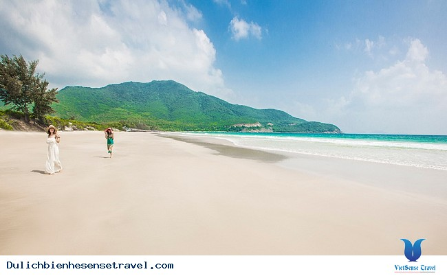 16 thiên đường du lịch biển miền Trung hút hồn du khách năm 2018 - Ảnh 16