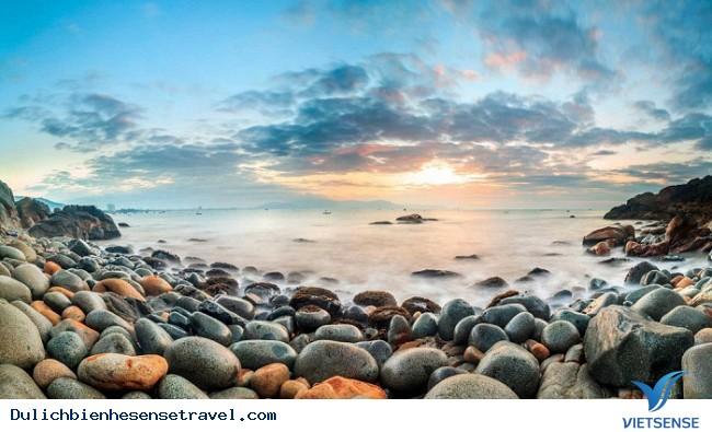 16 thiên đường du lịch biển miền Trung hút hồn du khách năm 2018 - Ảnh 10